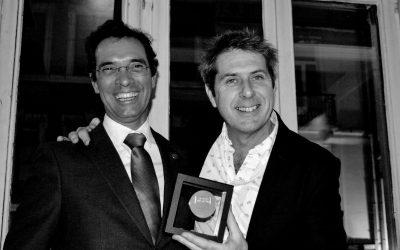 EFG awardsits Medal of Merit to Iain Stewart